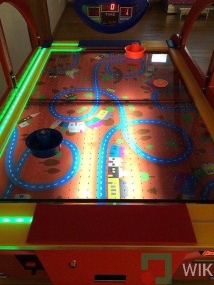 Air hockey GameCar